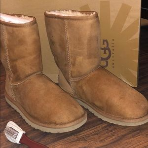 Size 9 Women's Ugg Boots